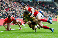 Ken Pisi of Northampton Saints dives for the try-line whilst being tackled by Alex Lozowski of Saracens. Aviva Premiership match, between Northampton Saints and Saracens on April 16, 2017 at Stadium mk in Milton Keynes, England. Photo by: Patrick Khachfe / JMP