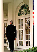 United States President Bill Clinton returns to the Oval Office after his statement in the Rose Garden of the White House in Washington, D.C. following his acquittal by the U.S. Senate on 12 February 12, 1999..Credit: Arnie Sachs / CNP
