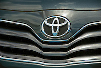 Toyota, Auto, Front Grill, Emblem, Symbol, Close up, Car, Auto, Automobile, Transportation,