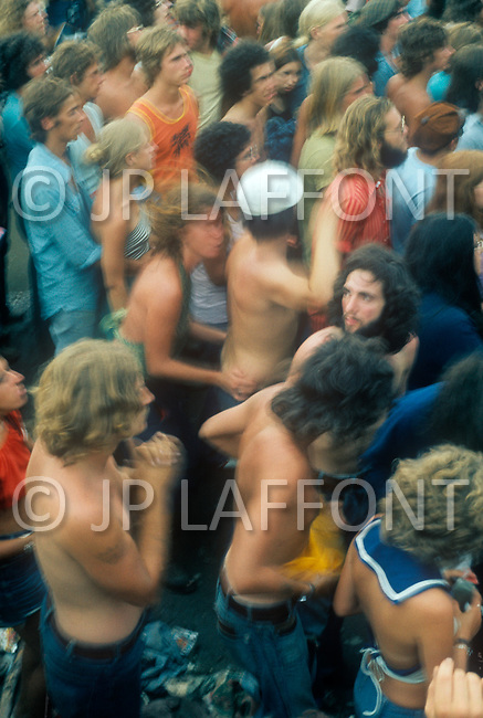Watkins Glen, New York, July 28 of 1973. More than one million young people gathered into the Watkins Glen Grand Prix Raceway for a single-day festival known as the Summer Jam. Among the performing bands were the Grateful Dead, the Allman Brothers, and the Band. This festival remains the largest rock festival ever in the US. Marijuana was heavily smoked everywhere and many overdose cases happened tragicly.