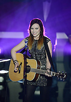 Fussball International  FIFA Ballon d Or / Weltfussballer 2012  07.01.2013 Showact Saengerin Amy Macdonald