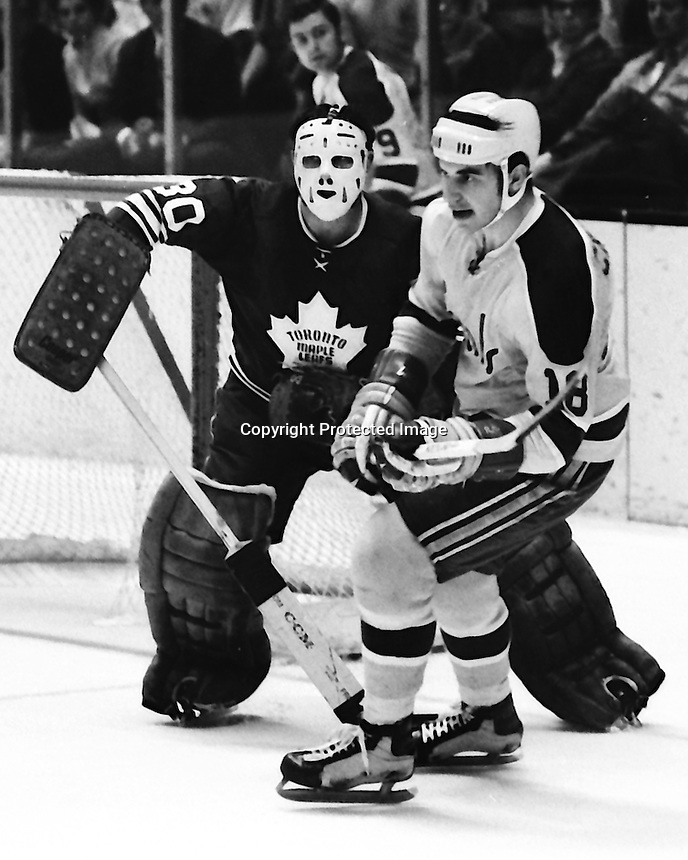 Seals vs Toronto Maple Leaf's<br />Seal Gary Croteau .(1970 photo by Ron Riesterer)
