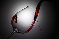 Classic Wine Pour