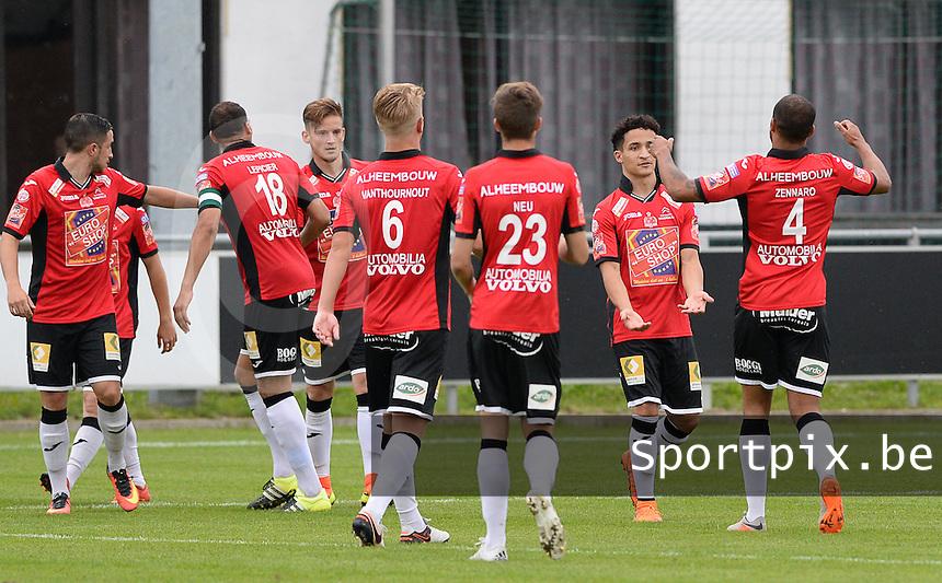 Club Roeselare - KSV Roeselare : vreugde bij KSV Roeselare na de 0-1 <br /> Foto VDB / Bart Vandenbroucke