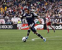 New England Revolution forward Khano Smith (18) runs with the ball.  The New England Revolution drew FC Dallas 1-1, at Gillette Stadium on May 1, 2010