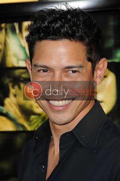 Anthony Ruivivar<br />