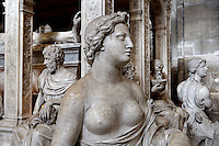 Two virtues and apostles, Funerary monument of Louis XII (1462 - 1515) and Anne of Brittany (1477 - 1514), 1516 - 1531, Marble of Carrara, by Giovani di Giusto Betti, Abbey church of Saint Denis, Seine Saint Denis, France. Picture by Manuel Cohen