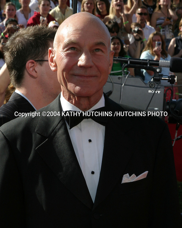 ©2004 KATHY HUTCHINS /HUTCHINS PHOTO.56TH PRIMETIME EMMY'S.SHRINE AUDITORIUM.LOS ANGELES, CA.SEPTEMBER 19, 2004..PATRICK STEWART