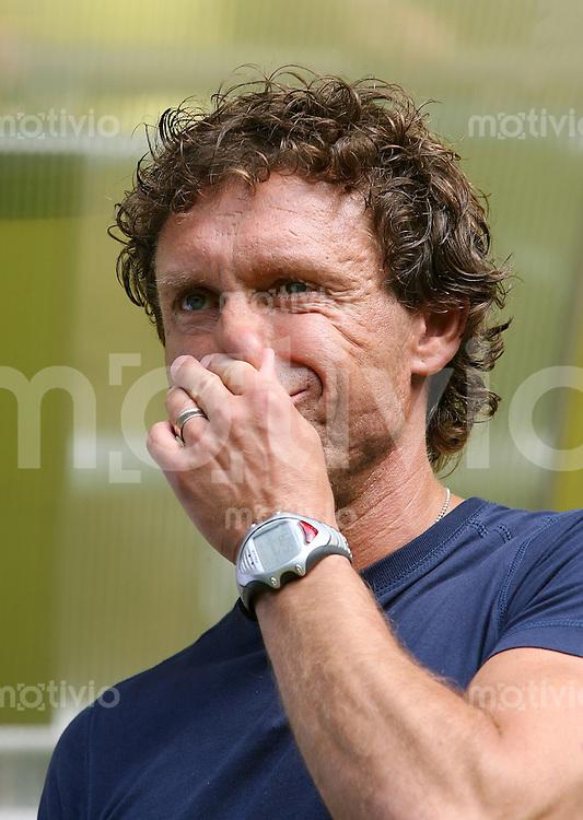 FUSSBALL  1. BUNDESLIGA  SAISON 2007/2008 Trainer Thomas DOLL (Borussia Dortmund)
