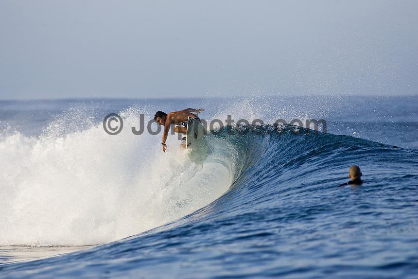 JOEL PARKINSON (AUS) surfing at Teahupoo, Tahiti. Photo: Joli