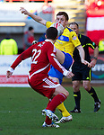 Aberdeen v St Johnstone....19.02.12   SPL.Liam Craig closed down by Ryan Jack.Picture by Graeme Hart..Copyright Perthshire Picture Agency.Tel: 01738 623350  Mobile: 07990 594431