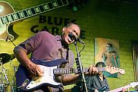 Robert Cray at Bluesgarage Hannover. Fotos Ruediger Knuth