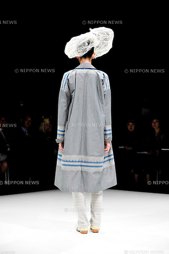 October 15, 2012, Tokyo, Japan - A model poses on the catwalk wearing ''matohu'' during Mercedes-Benz Fashion Week Tokyo 2013 Spring/Summer. The Mercedes-Benz Fashion Week Tokyo runs from October 13-20. (Photo by Yumeto Yamazaki/Nippon News)
