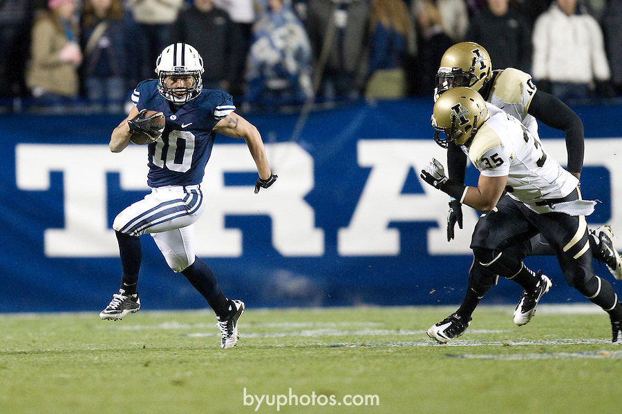 _SW13688.jpg..2011 Football - BYU vs Idaho..BYU-42.Idaho-7..November 12, 2011..Photo by Jaren Wilkey/BYU..© BYU PHOTO 2011.All Rights Reserved.photo@byu.edu  (801)422-7322