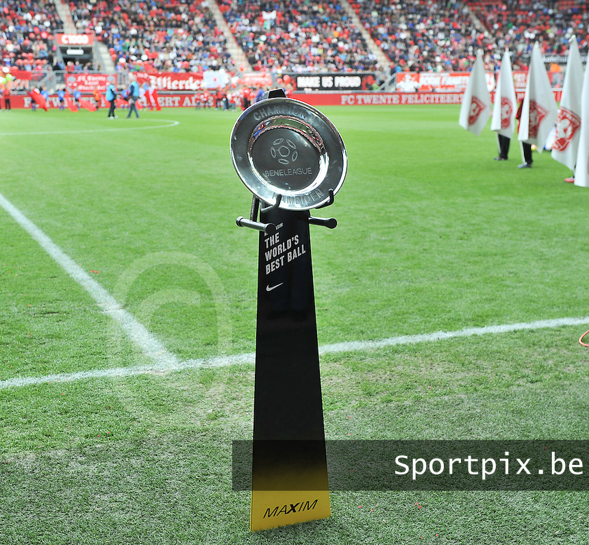 FC Twente - Standard Femina : Beneleague Kampioenenschaal<br /> foto DAVID CATRY / Nikonpro.be