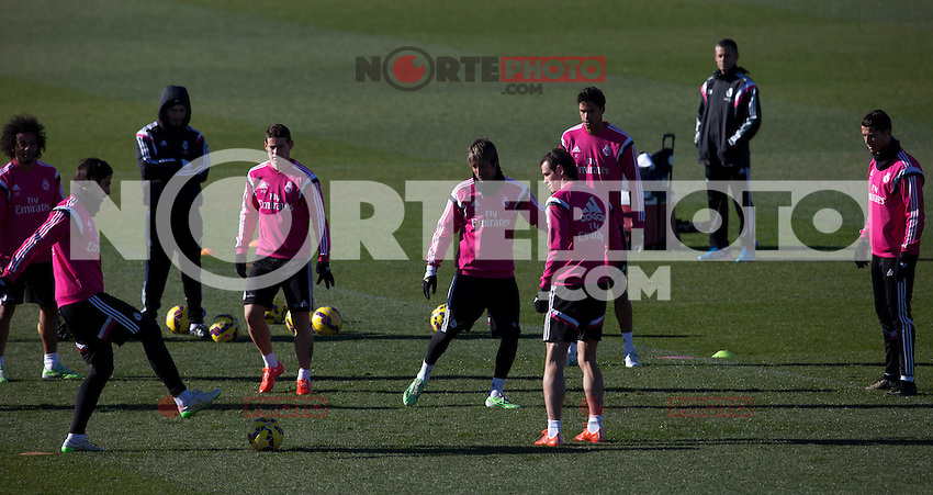 Kehedira, James, Coentrao, Bale and Cristiano Ronaldo during a sesion training at Real Madrid City in Madrid. January 23, 2015. (ALTERPHOTOS/Caro Marin) /NortePhoto<br />