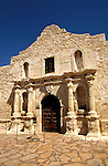 Texas: San Antonio, The Alamo, photo: txsana103 .Photo copyright Lee Foster, www.fostertravel.com, 510/549-2202, lee@fostertravel.com