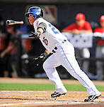 28 February 2011: New York Mets infielder Chin-lung Hu in action during a Spring Training game against the Washington Nationals at Digital Domain Park in Port St. Lucie, Florida. The Nationals defeated the Mets 9-3 in Grapefruit League action. Mandatory Credit: Ed Wolfstein Photo