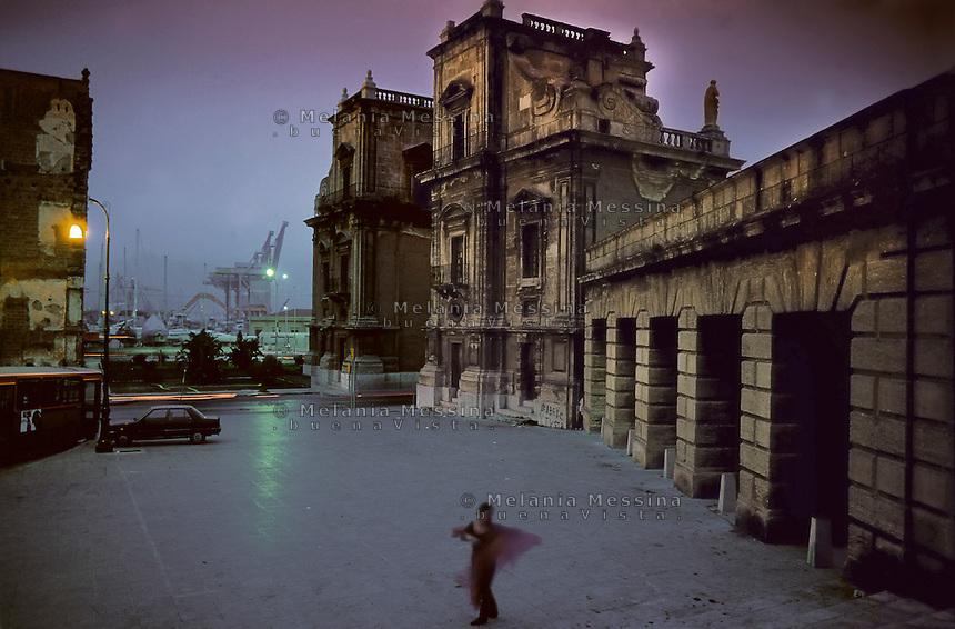 Palermo, Porta Felice.
