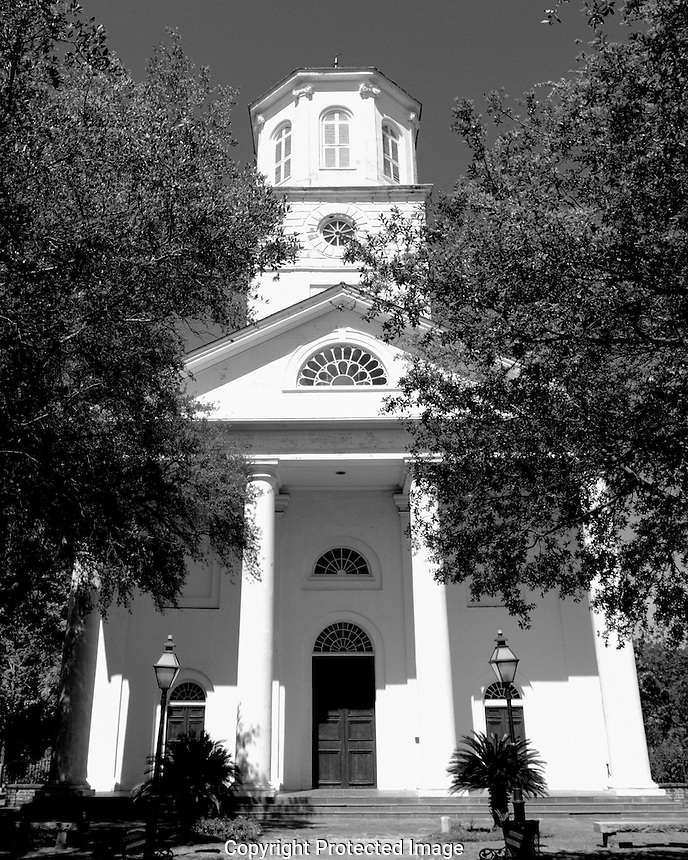 Soon after the founding of Charleston, the community of Presbyterians, dissenters to the Church of England, worshiped together in the White Meeting House, a wooden edifice on Meeting Street. The congregation included English, Irish, Scottish, French Huguenots, and Independent Presbyterians. In 1731, twelve families withdrew from the White Meeting House and established what is now the First (Scots) Presbyterian Church, modeled strictly on the Church of Scotland. This church grew rapidly. By the end of the century the building was inadequate to accommodate the worshippers and the necessity of a second Presbyterian church was realized. In 1809, fifteen men met and began planning for Second Presbyterian Church. The Reverend Andrew Flinn was called to organize the congregation. The church was built at the then substantial cost of $100,000, and on April 3, 1811, was dedicated with the corporate name of &quot;The Second Presbyterian Church of Charleston and Its Suburbs.&quot; Property for the church was obtained from the Wragg family, whose name was given to the area still known as Wraggborough. The impressive deed and documents of transfer of the property are displayed in the church narthex.<br /> <br /> Today, the Second Presbyterian Church is the oldest edifice of this denomination in Charleston, and is on the National Register of Historic Places. In 1852 the General Assembly of the Presbyterian Church of the United States met in this building. Second Presbyterian Church's minister, Reverend Thomas Smyth, proposed that the Presbyterian Church have a historical association to care for its artifacts and statements of faith. His resolution was passed, forming the Presbyterian Historical Society. The Presbyterian Church of the United States designated Second Presbyterian Church its &quot;Historical Site Number One.&quot; Plaques noting this are mounted in the entranceway.