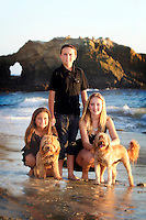 20 October 2013:  Abbie, Blair and Kate Allhusen family photos in Laguna Beach, CA.