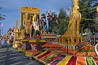 Tournament of Roses Parade Floats Past Presidents' Trophy - 2008,
