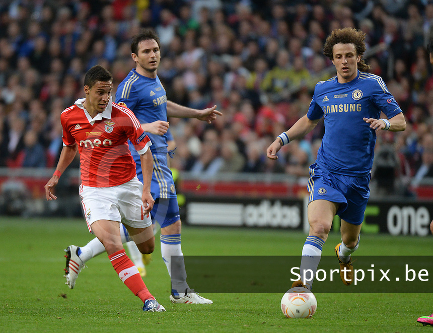 Benfica Lissabon - Chelsea FC : Rodrigo and David Luiz (r).foto DAVID CATRY / Nikonpro.be
