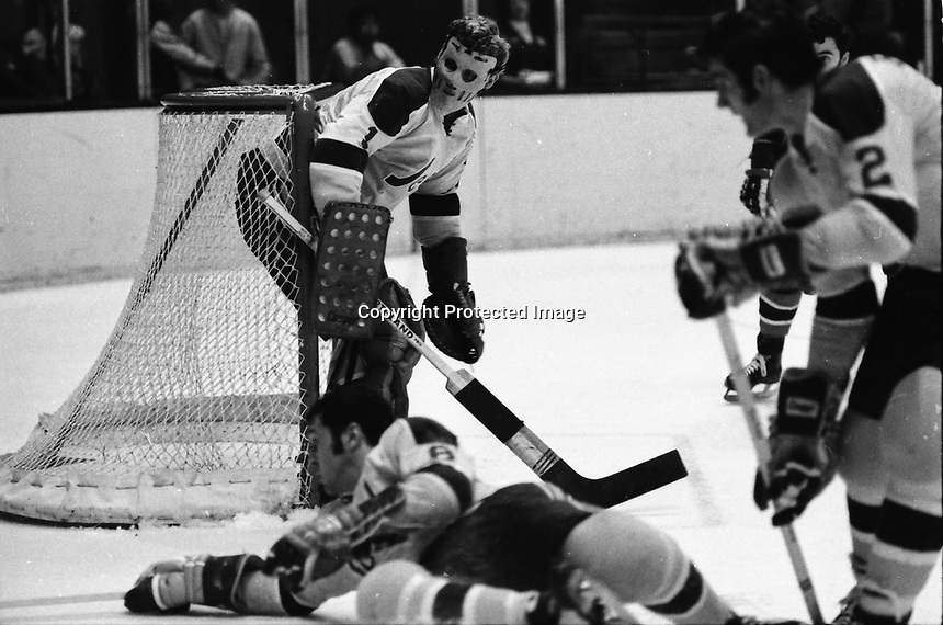 California Golden Seals goalie Gary Smith, against the Montreal Canadiens...(1970 photo/Ron Riesterer)