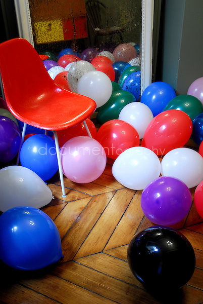 birthday party with balloon