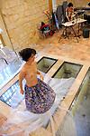 OLIVEIRA Cris - Le lit au-delà de la rivière, distiller la peau