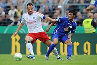 FUSSBALL   DFB POKAL   SAISON 2011/2012  1. Hauptrunde VfB Oldenburg - Hamburger SV                             30.07.2011 Heiko WESTERMANN (li, Hamburg) gegen Mehmet Ali FIDAN (re, Oldenburg)