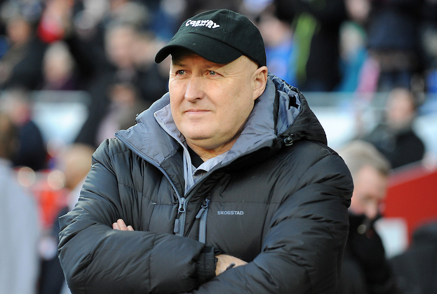 Cardiff City manager Russell Slade prior to kick off <br /> <br /> Photographer Ian Cook/CameraSport<br /> <br /> Football - The Football League Sky Bet Championship - Cardiff City v Watford - Saturday 28th December - Cardiff City Stadium - Cardiff<br /> <br /> &copy; CameraSport - 43 Linden Ave. Countesthorpe. Leicester. England. LE8 5PG - Tel: +44 (0) 116 277 4147 - admin@camerasport.com - www.camerasport.com