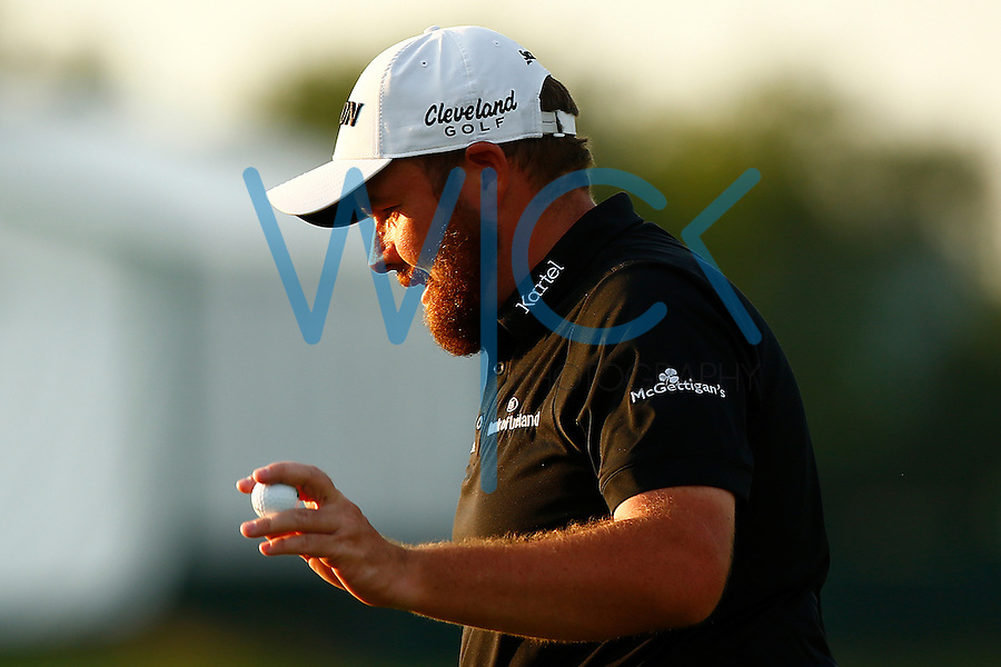 Shane Lowry reacts following his putt on the 11th green during the 2016 U.S. Open in Oakmont, Pennsylvania on June 18, 2016. (Photo by Jared Wickerham / DKPS)