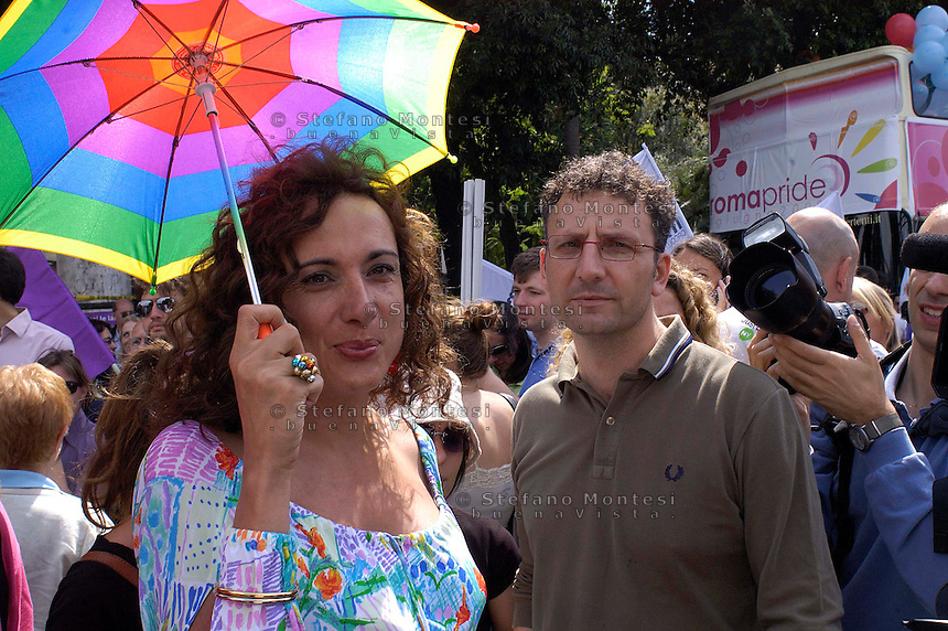 Roma 7 Giugno 2008.Gay Pride 2008.La Sfilata del Gay pride, orgoglio omossessuale per le vie della città..Vladimir Luxuria Italy's first trans-gender member of parliament e Massimiliano Smeriglio