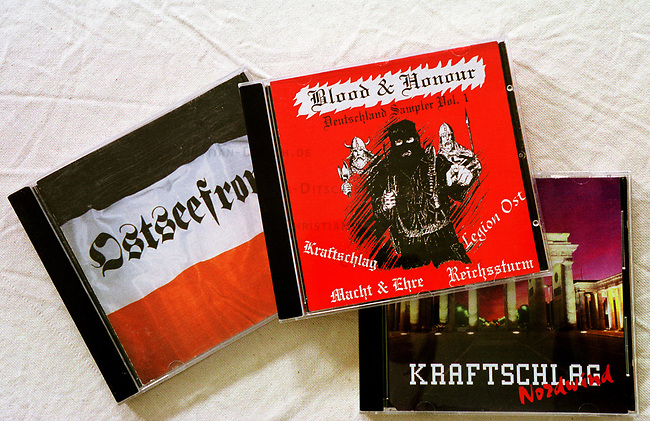 Neonazi Musik-CD's.<br /> Die oftmals in Osteuropa produzierten CD's werden in der Skinhead- und Neonazi-Szene zu horrenden Preisen Preisen verkauft und bescheren den Plattenfirmen phaenomenale Umsaetze. Die CD's enthalten z.T. indizierte und verbotene Musikstuecke.<br /> Hier: &quot;Ostseefront&quot;; &quot;Blood and Honour-Deutschland Sampler No. 1&quot; vom Nibelungen Versand aus Lingen und &quot;Kraftschlag - Nordwind; &quot;Landser - Rock gegen Oben&quot;, alle aus Deutschland.<br /> 19.9.2000<br /> Copyright: Christian-Ditsch.de<br /> [Inhaltsveraendernde Manipulation des Fotos nur nach ausdruecklicher Genehmigung des Fotografen. Vereinbarungen ueber Abtretung von Persoenlichkeitsrechten/Model Release der abgebildeten Person/Personen liegen nicht vor. NO MODEL RELEASE! Nur fuer Redaktionelle Zwecke. Don't publish without copyright Christian-Ditsch.de, Veroeffentlichung nur mit Fotografennennung, sowie gegen Honorar, MwSt. und Beleg. Konto: I N G - D i B a, IBAN DE58500105175400192269, BIC INGDDEFFXXX, Kontakt: post@christian-ditsch.de<br /> Bei der Bearbeitung der Dateiinformationen darf die Urheberkennzeichnung in den EXIF- und  IPTC-Daten nicht entfernt werden, diese sind in digitalen Medien nach &sect;95c UrhG rechtlich gesch&uuml;tzt. Der Urhebervermerk wird gemaess &sect;13 UrhG verlangt.]