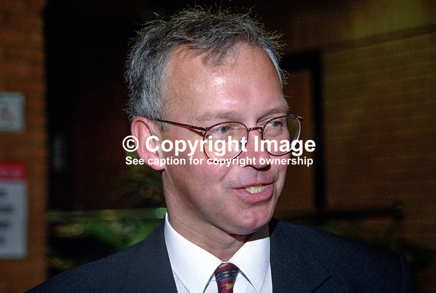 Peter Davies, Croydon South, UK, Conservative Party, activist, 199810209..Copyright Image from Victor Patterson, 54 Dorchester Park, Belfast, UK, BT9 6RJ..Tel: +44 28 9066 1296.Mob: +44 7802 353836.Voicemail +44 20 8816 7153.Skype: victorpattersonbelfast.Email: victorpatterson@me.com.Email: victorpatterson@ireland.com (back-up)..IMPORTANT: If you wish to use this image or any other of my images please go to www.victorpatterson.com and click on the Terms & Conditions. Then contact me by email or phone with the reference number(s) of the image(s) concerned.