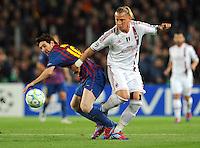 FUSSBALL  CHAMPIONS LEAGUE  VIERTELFINAL RUECKSPIEL   2011/2012      FC Barcelona - AC Mailand           03.04.2012 Lionel Messi (li,Barca)  gegen Philippe Mexes (AC Mailand)