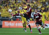 FUSSBALL   1. BUNDESLIGA  SAISON 2012/2013   2. Spieltag 1. FC Nuernberg - Borussia Dortmund       01.09.2012 Ivan Perisic (li, Borussia Dortmund) gegen  Robert Mak (1 FC Nuernberg)