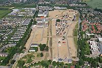 An der Alten Wache: EUROPA, DEUTSCHLAND, SCHLESWIG- HOLSTEIN, GLINDE, (GERMANY), 21.06.2010: Depot Gelaende in Glinde, Bundeswehr, Umwandlung von Kaserne. Wohnraum, Baugrund, Flaeche. Bebaung, Bebauungsplan, Umwitmung,  Gebaeude, freie Flaeche, Freiflaeche, Platz , Raum, Rueckbau, An der Alten Wache, B Plan 40 a,  Investition, Luftbild, Luftansicht, Luftaufnahme, .. c o p y r i g h t : A U F W I N D - L U F T B I L D E R . de.G e r t r u d - B a e u m e r - S t i e g 1 0 2, 2 1 0 3 5 H a m b u r g , G e r m a n y P h o n e + 4 9 (0) 1 7 1 - 6 8 6 6 0 6 9 E m a i l H w e i 1 @ a o l . c o m w w w . a u f w i n d - l u f t b i l d e r . d e.K o n t o : P o s t b a n k H a m b u r g .B l z : 2 0 0 1 0 0 2 0  K o n t o : 5 8 3 6 5 7 2 0 9.V e r o e f f e n t l i c h u n g n u r m i t H o n o r a r n a c h M F M, N a m e n s n e n n u n g u n d B e l e g e x e m p l a r !.
