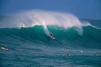 Layne Beachley (AUS) Sunset Beach Hawaii 1999. Photo:  joliphotos.com