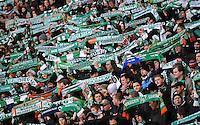 FUSSBALL   1. BUNDESLIGA   SAISON 2011/2012    14. SPIELTAG SV Werder Bremen - VfB Stuttgart       27.11.2011 Fans vom SV Werder Bremen