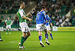 Hibs v St Johnstone...28.09.11   SPL Week.Cillian Sheridan scores a late goal to make it 3-2.Picture by Graeme Hart..Copyright Perthshire Picture Agency.Tel: 01738 623350  Mobile: 07990 594431
