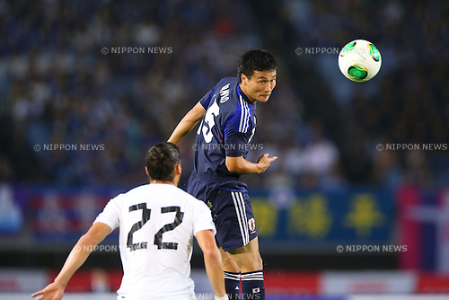 Yasuyuki Konno (JPN), AUGUST 14, 2013 - Football / Soccer : <br /> KIRIN Challenge Cup 2013 match <br /> between Japan 2-4 Uruguay <br /> at Miyagi Stadium, Miyagi, Japan.<br />  (Photo by AFLO SPORT)