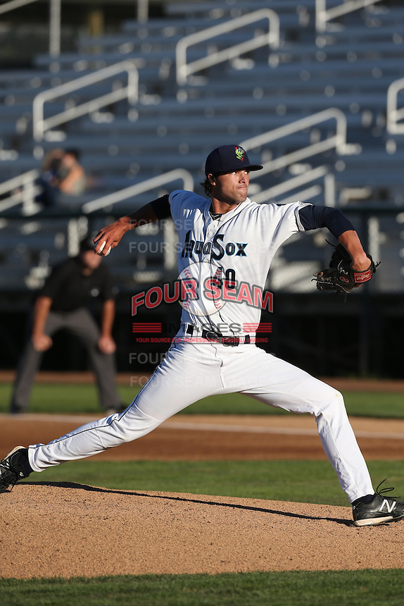 Lukas Schiraldi #40 of the Everett AquaSox pitches against the Tri-City Dust Devils at Everett Memorial Stadium on July 29, 2014 in Everett, Washington. Everett defeated Tri-City, 7-5. (Larry Goren/Four Seam Images)