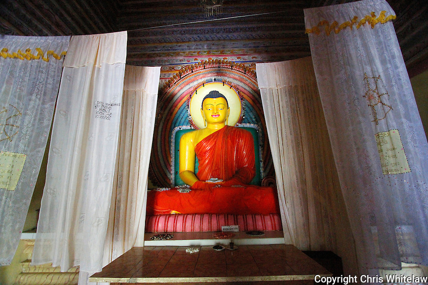 Seated Buddha (meditative pose), Galmaduwa Viharaya Temple, Kundasale, Sri Lanka