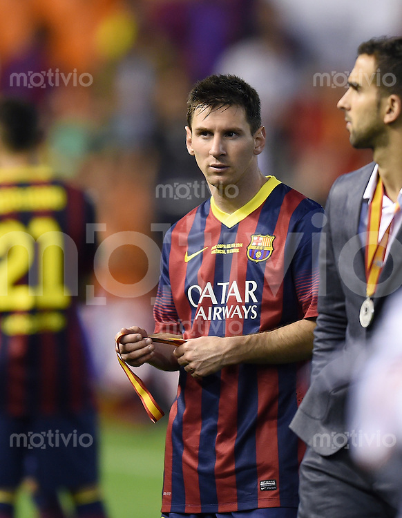 FUSSBALL  INTERNATIONAL Copa del Rey FINALE  2013/2014    FC Barcelona - Real Madrid            16.04.2014 Enttaeuschung Barca; Lionel Messi