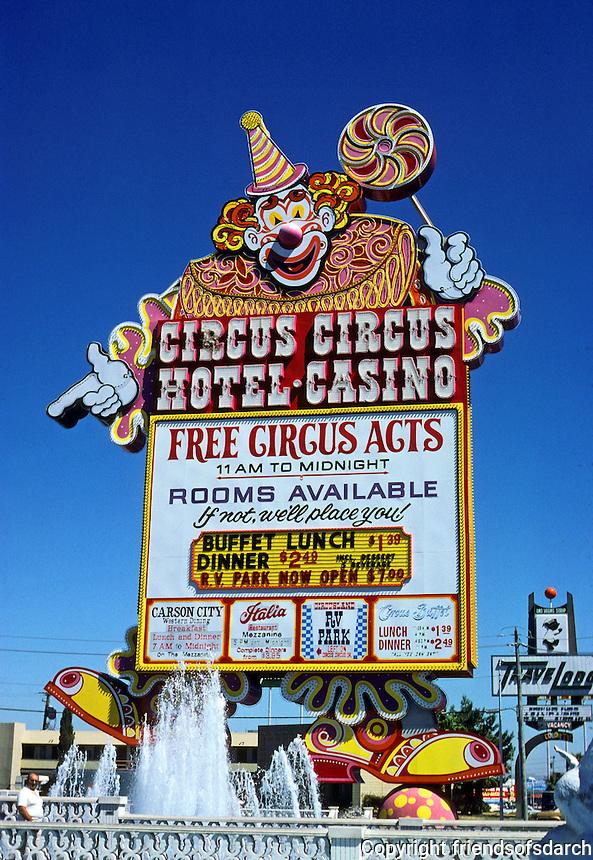 Las Vegas: Circus Circus Hotel Casino sign. Photo '79.