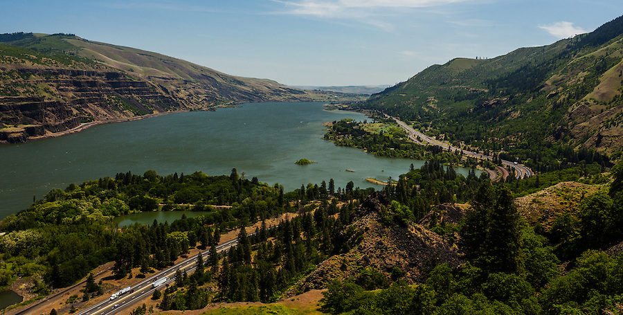 The Columbia River Gorge separates Oregon and Washington state, seen looking East from a rocky overlook.