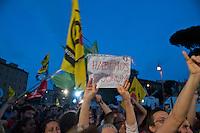 Roma 13 Giugno 2011.Festa a Piazza della Bocca della Verita'   per la vittoria  dei referendum dei  comitati «Vota Sì per fermare il nucleare» e «due Sì per l'acqua bene comune»