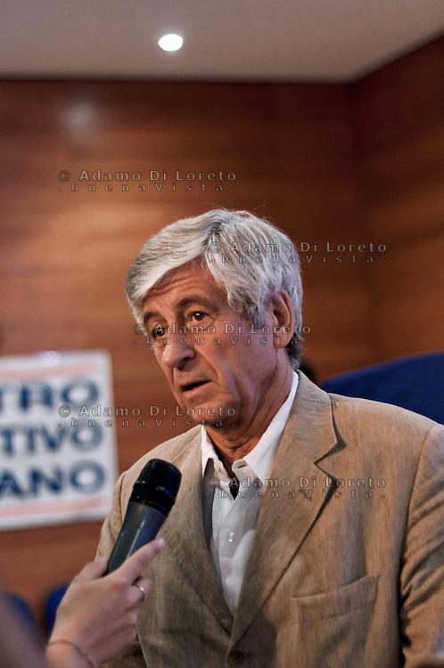 Teramo 2010: Gianni rivera ospite a teramo per un seminario dei nuovi dirigenti nello sport italiano. FOTO DI LORETO ADAMO